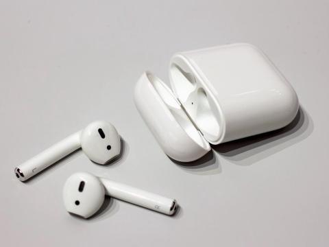 Apple ya anunció una nueva funda inalámbrica para los AirPods