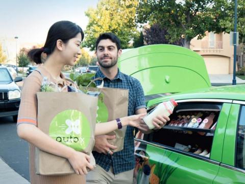 AutoX entrega compra vehículos autónomos
