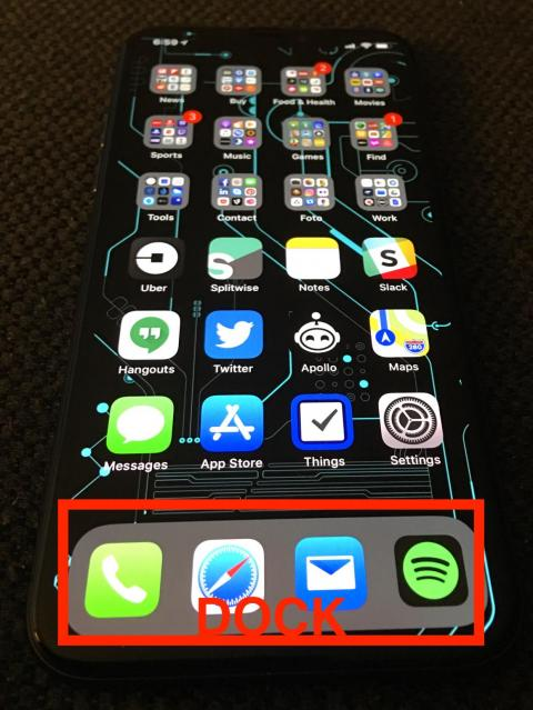 The Dock features my four most important iPhone apps.