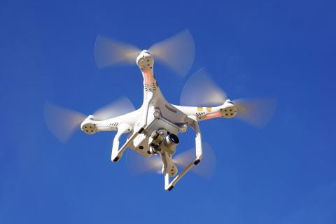 correos hace pruebas con drones híbridos