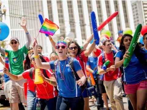 Trabajadores de Google en el desfile del Orgullo en San Francisco