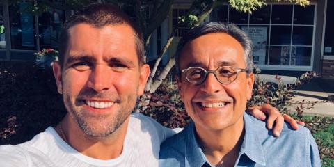 El director de producto de Facebook, Chris Cox, y el nuevo director de marketing o CMO, Antonio Lucio.