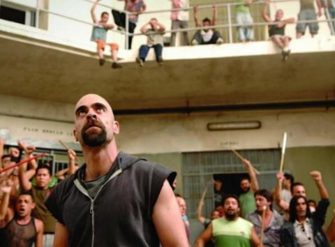 Fotograma de la película Celda 211.