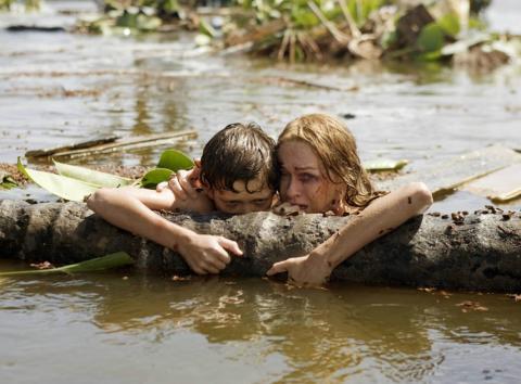 Fotograma de la película Lo imposible.
