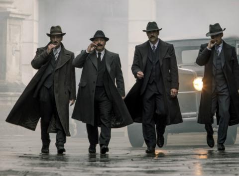 Fotograma de la película La sombra de la ley.
