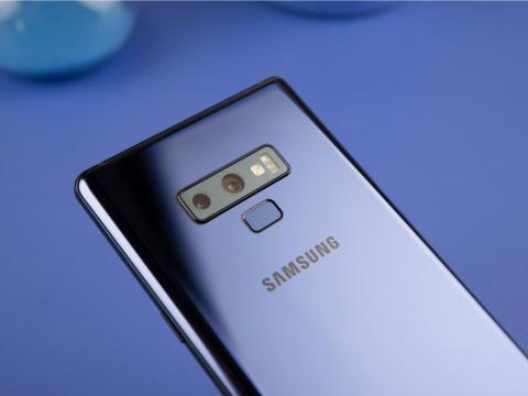 The Galaxy Note 9 comes with a fingerprint scanner as well as facial recognition.