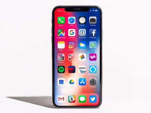 The iPhone X runs on the latest version of iOS, and the Galaxy Note 9 runs on an older version of Android.