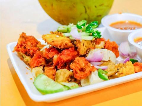 One of my favorite Singaporean dishes was rojak, a traditional fruit and vegetable salad. There are different types of rojak with Chinese, Indian, or Malay flavors, but the basic idea is that you select what you want in your salad