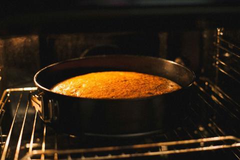A pesar de la amenaza del microondas, el horno sigue siendo imprescindible en la cocina
