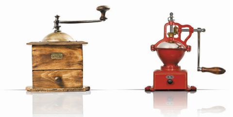 Peugeot vendía molinillos de café como estos.