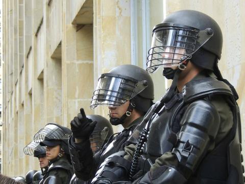 Policías, antidisturbios