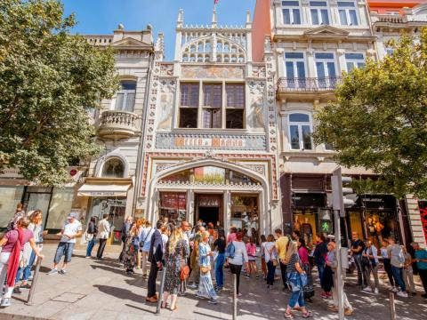 Tourism to Portugal has exploded in recent years, for good reason. The country has gorgeous beaches, great food, and interesting architecture. One of the places capitalizing on the boom is Livraria Lello, one of the world's oldest