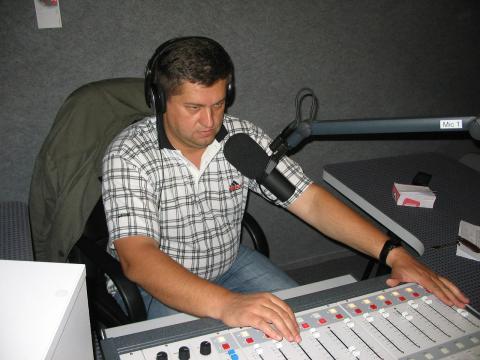 Presentador de radio