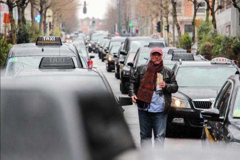Protesta de los taxistas de Bruselas contra Uber.