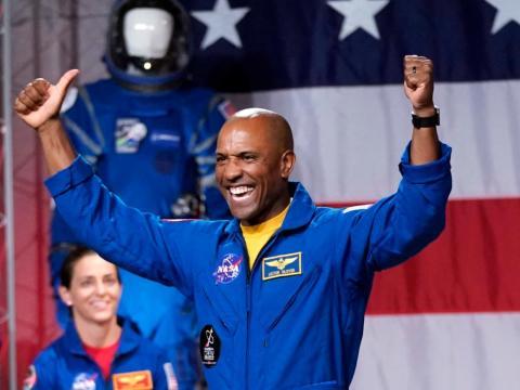El astronauta Victor Glover