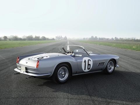 15. Ferrari 250 GT LWB California Spider Competizione de Scaglietti de 1959: vendido por 17,99 millones de dólares por Sotheby's en 2017 [RE]