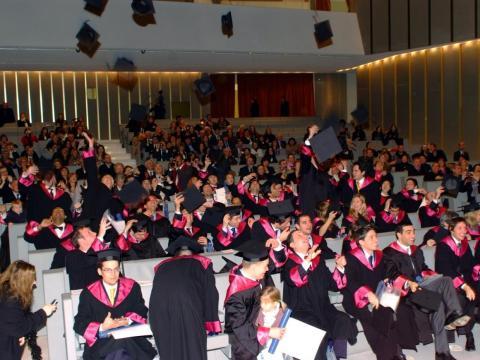 23. SDA Bocconi grads earn an average post-graduation salary of $110K to $120K.