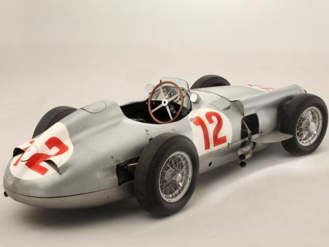 7. Mercedes-Benz W196 Formula 1 Racer de 1954: vendido por 25,4 millones de dólares por Bonhams en 2013 [RE]