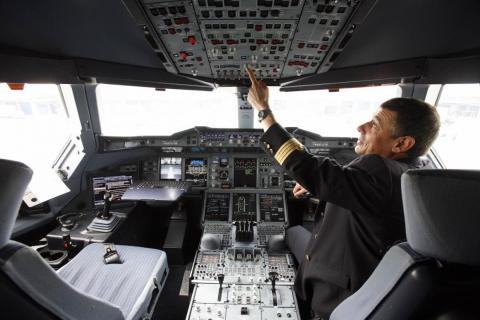 The A380's flight crew operates from a state-of-the-art glass cockpit. Like all modern Airbus jets, the aircraft is flown using a side stick, with a fly-by-wire control system.