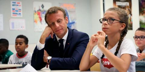 Prohibir los teléfonos en los colegios fue una de las promesas de Emmanuel Macron, cuando hacía campaña para la presidencia.
