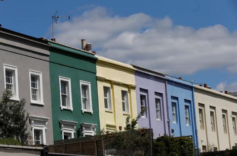 Casas adosadas en un barrio residencial de Londres