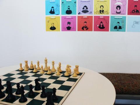 …tableros de ajedrez…