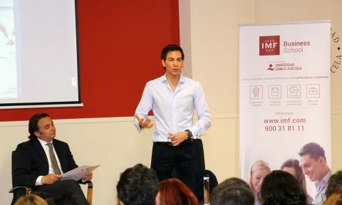 David Meca, en una charla de la IMF Business School