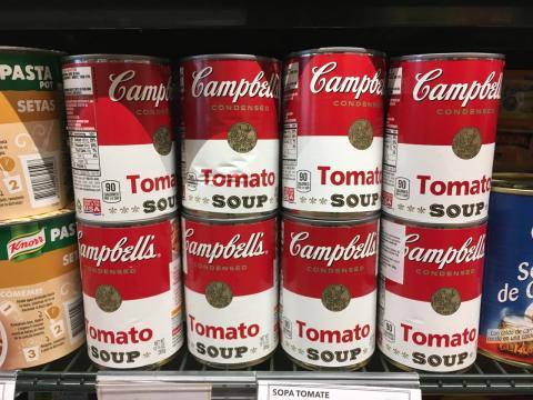 Latas de Tomato Soup en Sánchez Romero