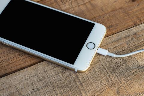 Es recomendable tener a mano un cable de carga para evitar quedarse sin batería