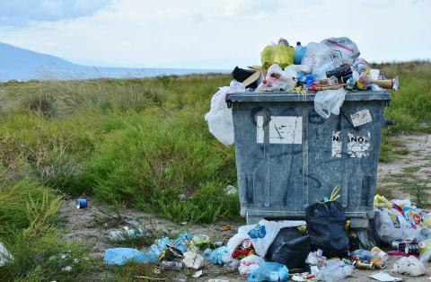 Si su teléfono nació sobre una montaña de residuos tóxicos, no será tan inteligent