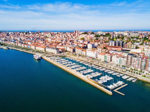 Vista aérea del puerto de Santander (Cantabria)