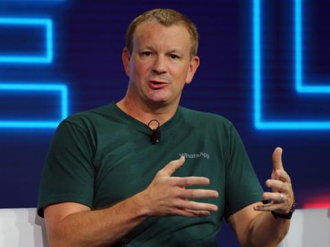 [RE] El cofundador de WhatsApp Brian Acton.