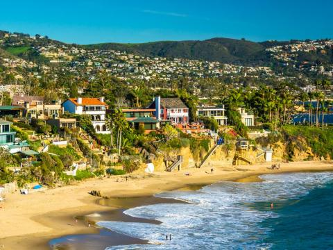 In 1971, Buffett purchased a vacation home in Laguna Beach, California, for $150,000 — it's currently listed for sale for $7.9 million.