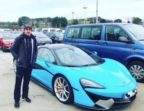 Alonso, con su McLaren 570