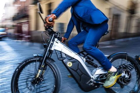 Una bicicleta eléctrica Bultaco Albero