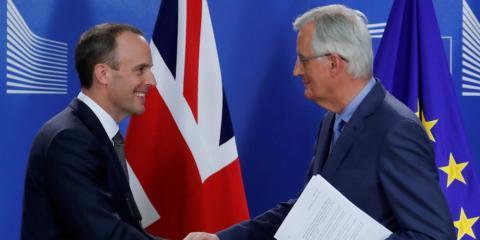 El ministro británico del Brexit, Dominic Raab, y el jefe negociador de la UE para el Brexit, Michel Barnier [RE]
