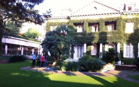 Campus de IESE Business School en Madrid