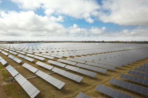 Las centrales termosolares con almacenamiento en España cuentan con 6.850 MWh de capacidad de almacenamiento eléctrico