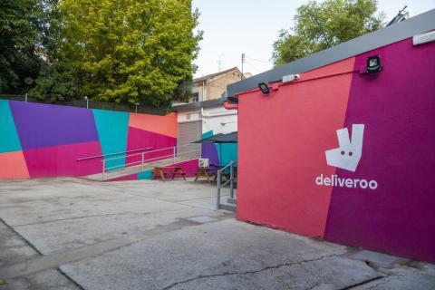 Así es 'Editions' de Deliveroo, el lugar que alberga las 'supercocinas'