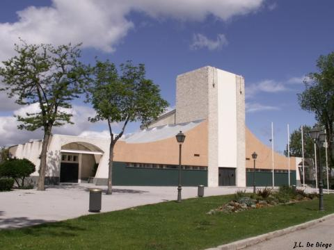 Uno de los pabellones del Ferial del Campo, en la Casa de Campo