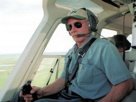 Harrison Ford en su helicóptero.
