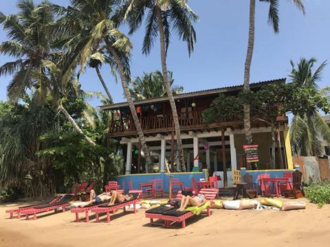 El hotel Lucky Beach Tangalles, en Sri Lanka