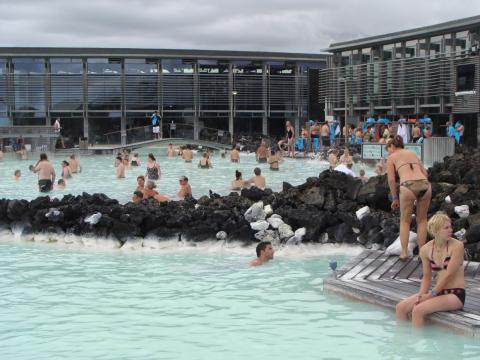 ...es altamente improbable que consigas la piscina para una foto tan perfecta y serena [RE]