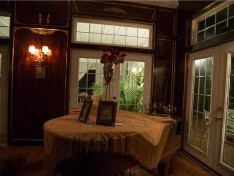 No muchos propietarios pueden decir que tienen un salón de baile en su propia casa...