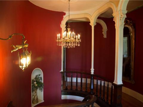 … o tanto valor, diseño y muebles históricos