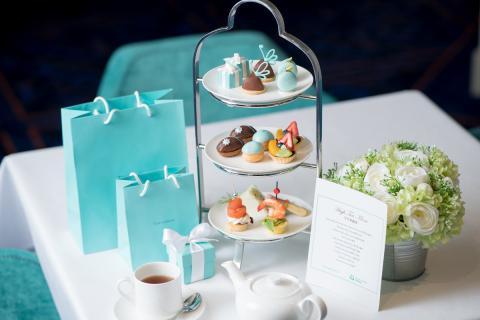 Pastas de té de Tiffany en crucero de lujo