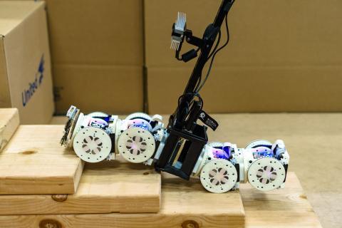Robot modular autoreconfigurable