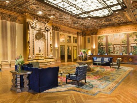 Es un hotel de lujo.