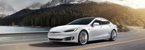 Un Tesla S