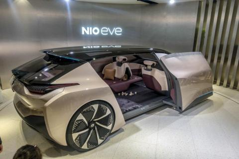 Chinese Tesla rival Nio is crashing after slashing its delivery outlook and calling off plans for a Shanghai factory